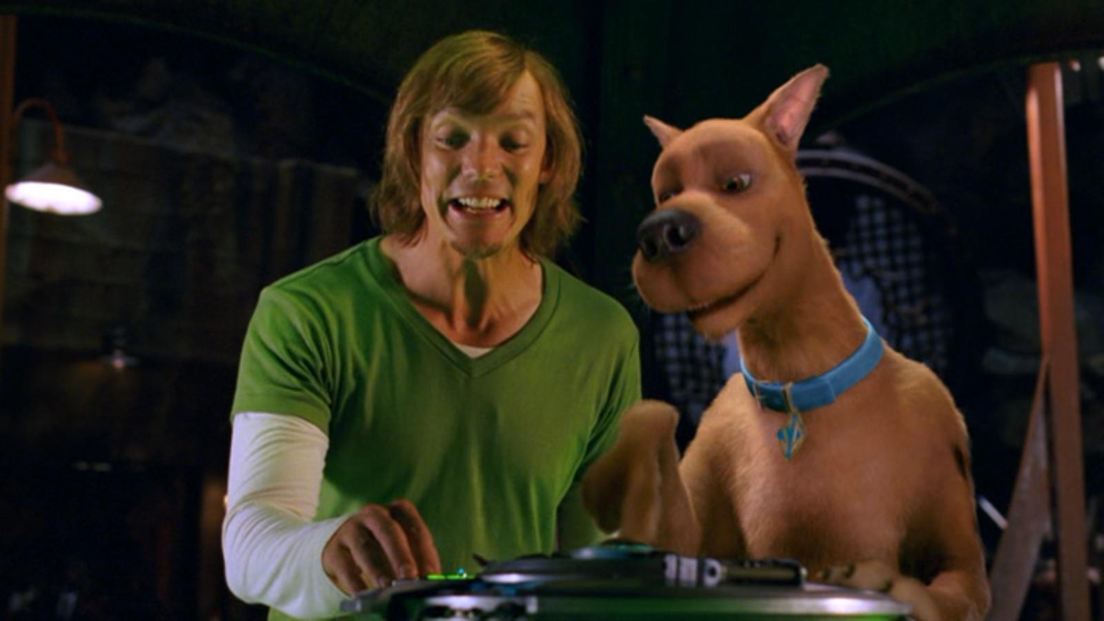 Scooby Doo 2 Monsters Unleashed 2004 Fire Breathing Dimetrodon Time
